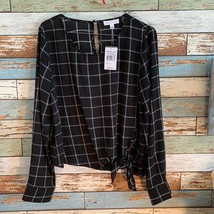 NWT SOCIALITE B&W Checkered Tie-Front Blouse/Top